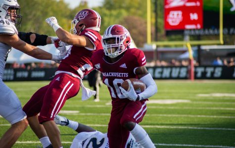 Josiah Johnson shows versatility for UMass football