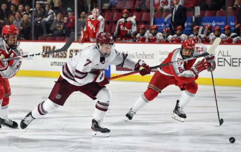 Cal Kiefiuk sparks UMass in 5-3 win over RPI