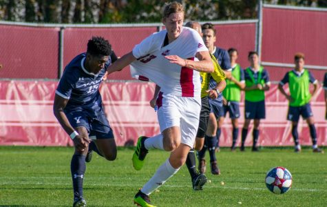 UMass men's soccer loses to No. 24 Yale on a miracle deflection in extra time