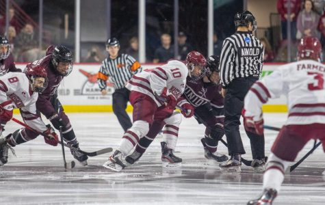UMass hockey completes sweep over Union with 5-0 rout