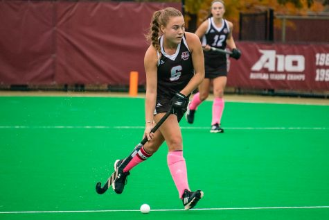 UMass field hockey takes control of Tuesday's game late to defeat UMass Lowell