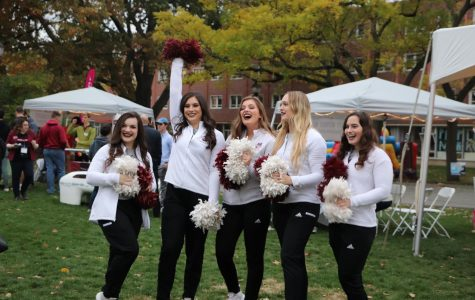 Alumni, current students and community members attend Homecoming Block Party