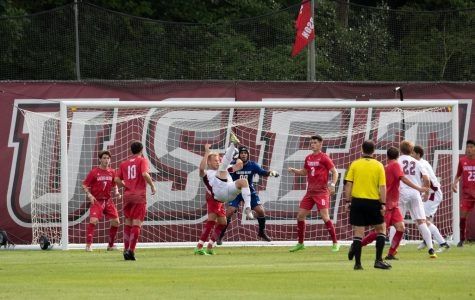 UMass men's soccer drops sixth match in a row with 1-0 loss at Davidson