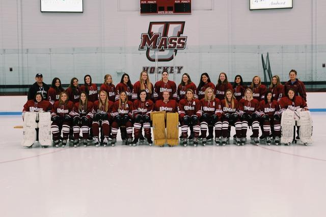 UMass+women%E2%80%99s+club+hockey+struggles+in+5-2+loss+to+Walpole+Express