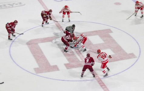 UMass nearly completes comeback at BU, falls 4-3