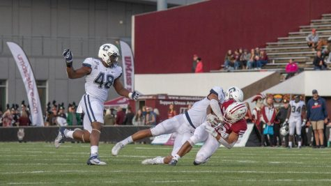 UMass football's offensive line issues doom offense in loss to SIU