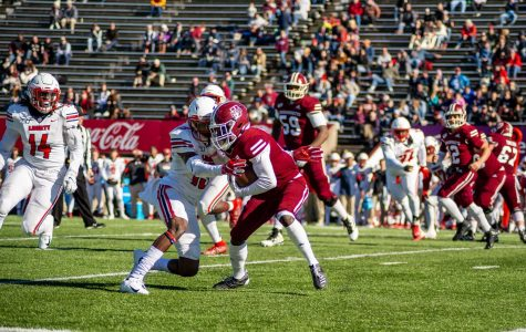 Northwestern pulls away in fourth quarter as UMass football loses sixth straight