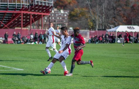 UMass women's soccer draws tie at SLU, falls to Dayton