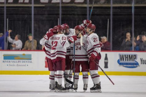 McDonough: No need for UMass hockey fans to panic