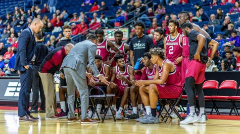 UMass men's basketball prepares for bigger test against Clemson