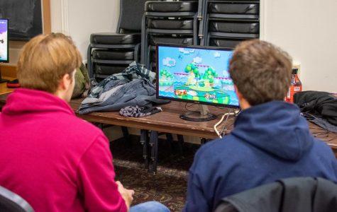 Super Smash Bros. tournament attracts dozens of competitors