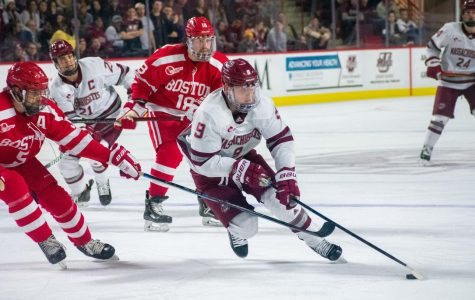 Hockey East notebook: Northeastern dominates Providence, 7-3