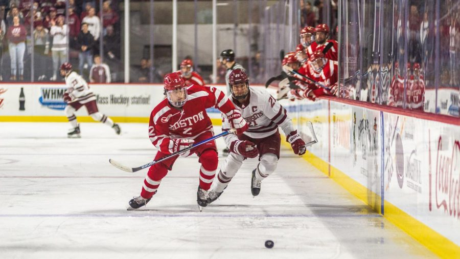 Two+goals+from+Mitchell+Chaffee+will+UMass+to+crucial+Hockey+East+win