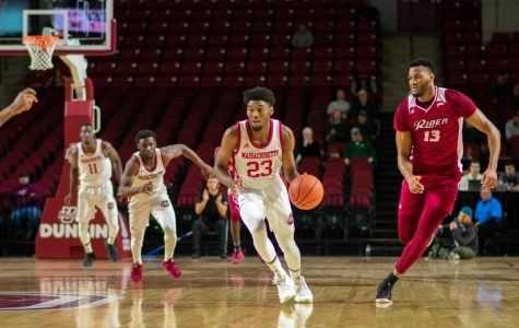 UMass basketball tops Rider to stay undefeated on the season