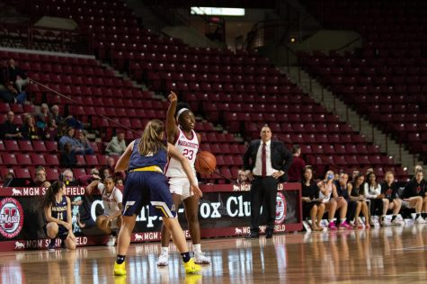 UMass men's basketball team looks to learn from mistakes following near loss to N.C. A&T
