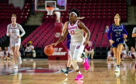 UMass women's basketball finding different ways to win games