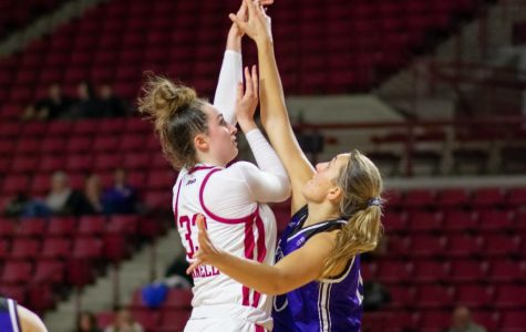 Donnelly's record day anchors Minutewomen on defense