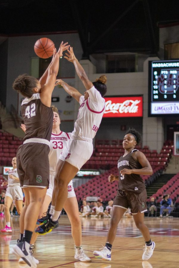 UMass women's basketball hangs on for two-point win against UNH