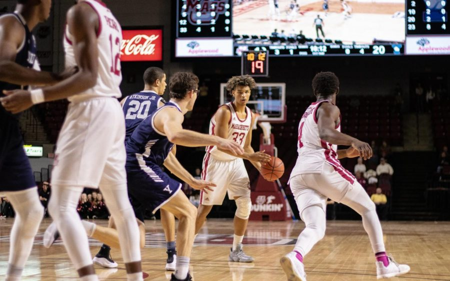 UMass men's basketball snaps six-game losing streak with 74-53 win over Maine