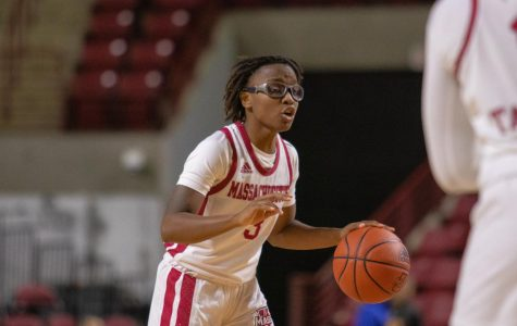 UMass women's basketball continues skid with 50-47 loss to GW