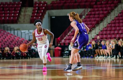 Slow start, struggles after halftime prove costly as Minutewomen fall to St. John's