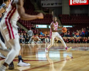 UMass men's basketball's struggles continue in 73-63 loss to George Mason