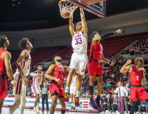 UMass men's basketball pulls off huge win against Duquesne