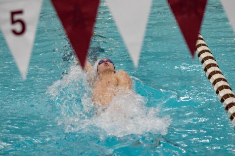 UMass swimming & diving to compete in separate invitationals this weekend