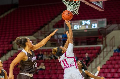 Montgomery contributing in 2nd year with Minutewomen