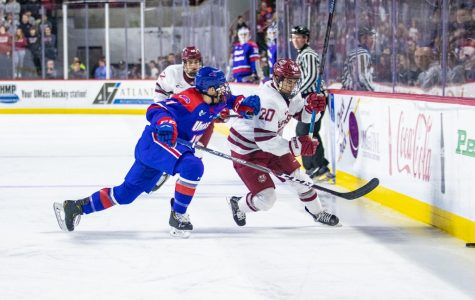 UMass hockey shows fortitude after blowing another third-period lead