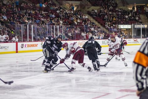 UMass hockey set to face BC with goalie situation in doubt