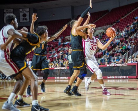 UMass men's basketball gets crushed on the road by Richmond