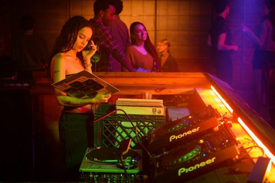 'High Fidelity' is a music aficionado's guide to love and heartbreak
