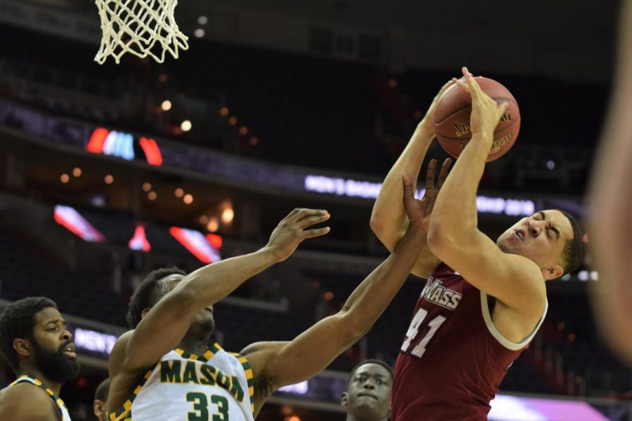 UMass+men%E2%80%99s+basketball+set+to+honor+seniors+on+Saturday