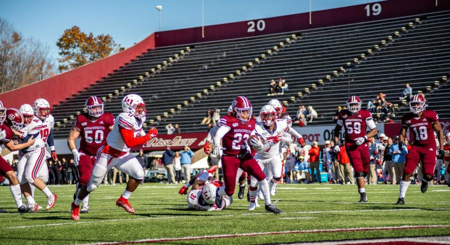 UMass football scheduled to play Liberty on Nov. 27