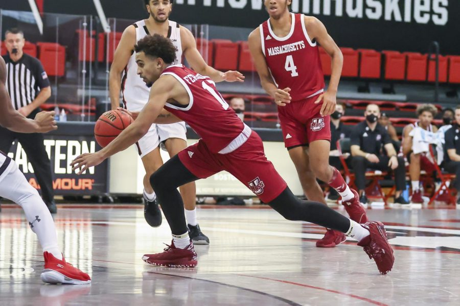 Cold shooting performance, lackluster defense downs UMass men's basketball in 93-88 loss against Bryant