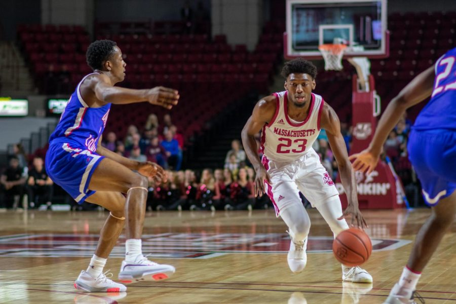 Javohn Garcia and TJ Weeks bright spots in UMass' 78-75 loss to Northeastern