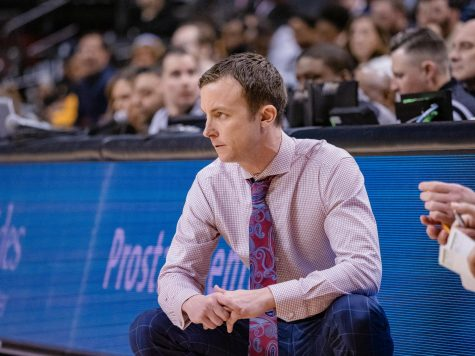 UMass men's basketball back on pause due to contact tracing protocols
