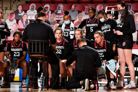 Minutewomen look to stay true to themselves against Davidson on Friday