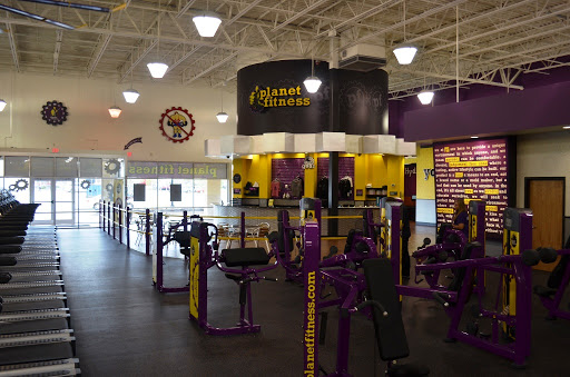 Students React After Hadley Planet Fitness Bars Umass Students Due To Covid 19 Risk Massachusetts Daily Collegian