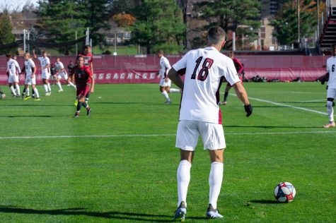 UMass men's soccer improves to 2-0 with an impressive defensive performance vs. Hofstra