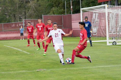 UMass men's soccer draws at home against George Washington, 0-0